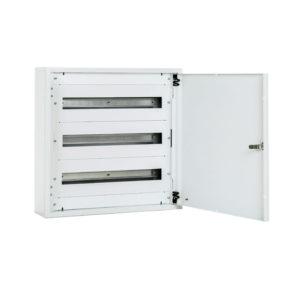 Serie CME. Montaje en superficie con puerta opaca metálica